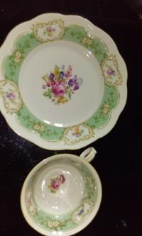 Teetasse ohne Unterteller mit Dessertteller